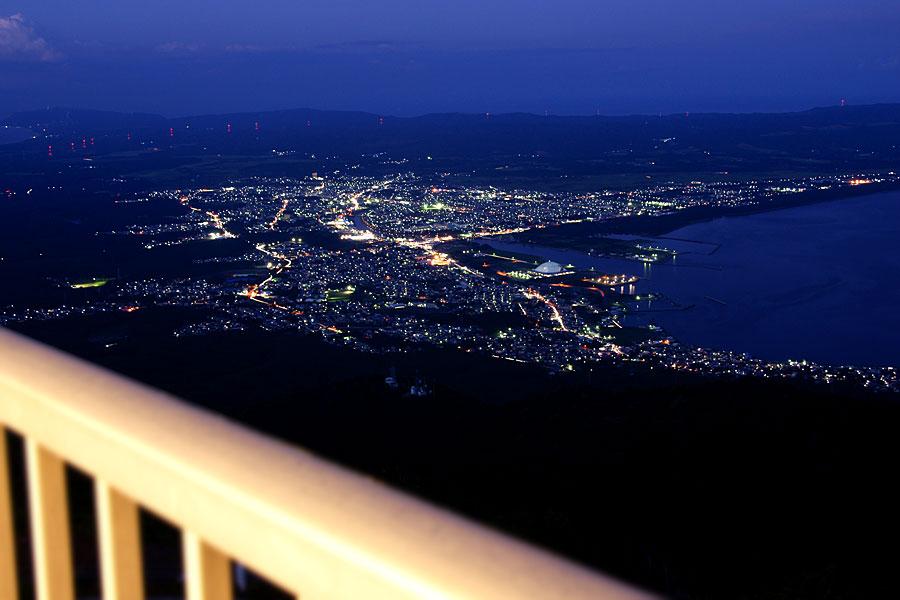 釜臥山展望台からの夜景